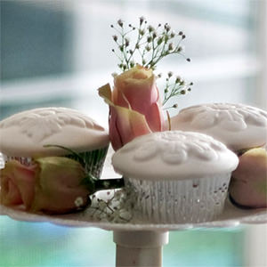 Cupcake Caps make decorating elegant cupcakes quick & easy