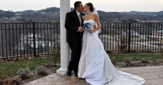 Jarod and Amy Perschke Wedding at Twelve Oaks Mansion in Mars PA