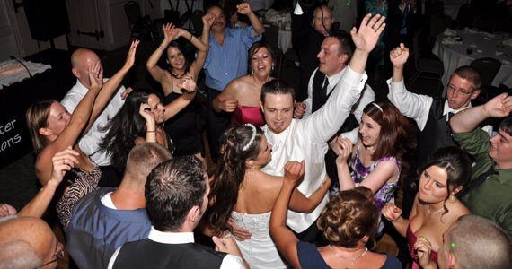 Joseph & Heidi Moeller - Wedding Reception at Shakespeare's at Olde Stonewall